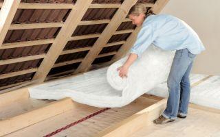 Чем лучше утеплить крышу дома: свойства утеплителей