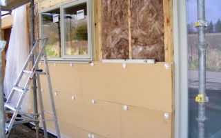 Утепление стен деревянного дома снаружи пенопластом и минватой своими руками (видео)