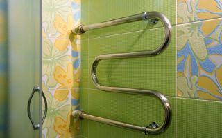 Как закрепить полотенцесушитель в ванной комнате?